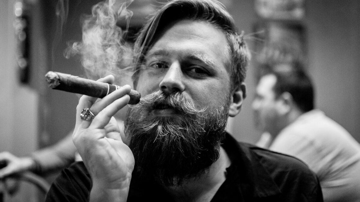 سیگار یا سیگارت، مساله این است!