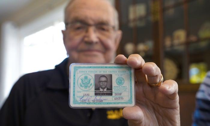 بازگشت کیف پول گمشده بعد از ۵۳ سال
