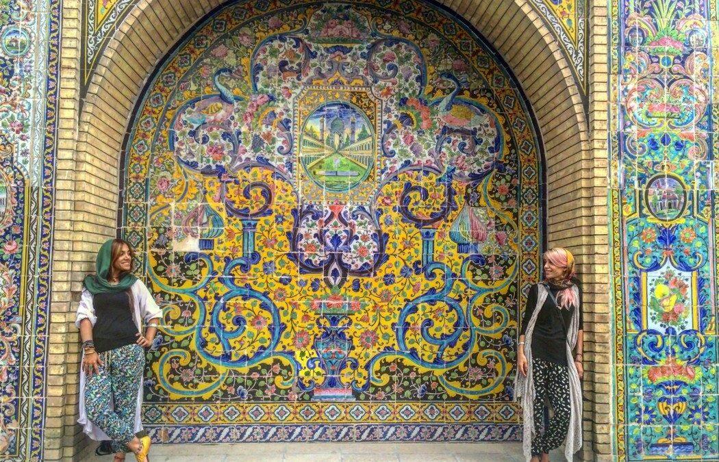 ۲ دلیل که هنگام سفر به ایران خودتان را بیمه نکنید!