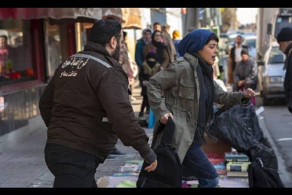 مانی رهنما خواننده تیتراژ زد و بند شد