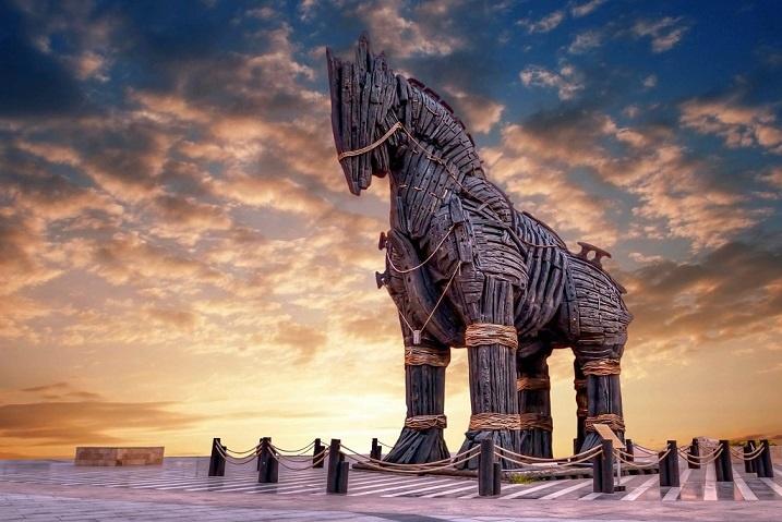 افسانهای که به حقیقت پیوست؛ کشف بقایای اسب تروآ در ترکیه