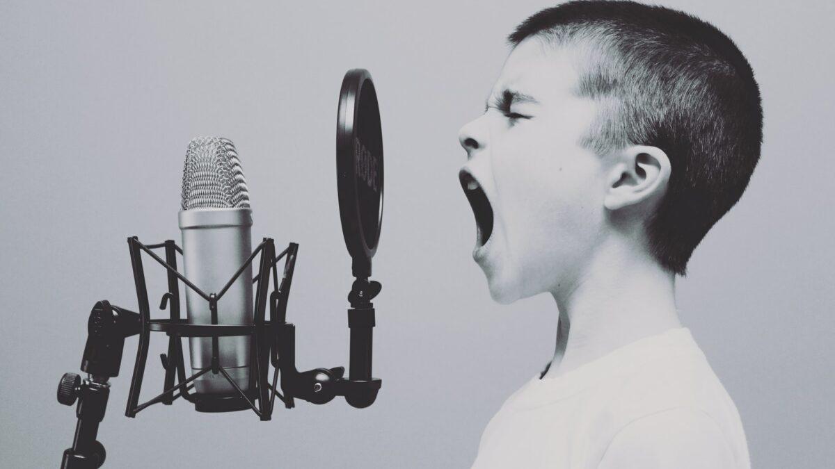 هر روز با کودکتان آواز بخوانید!