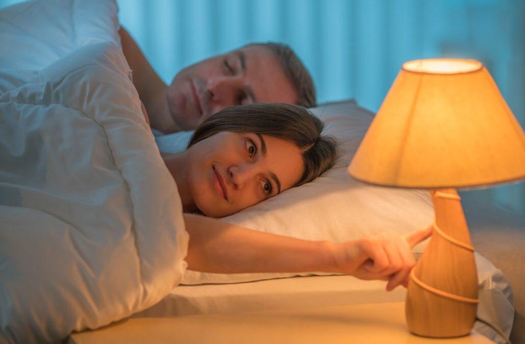 با انتخاب نور مناسب، آرامش را به اتاق خواب خود ببرید!